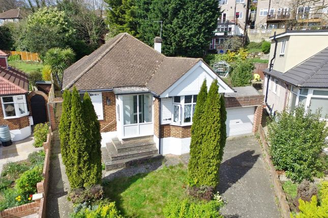 Thumbnail Property for sale in Cranleigh Close, Bexley