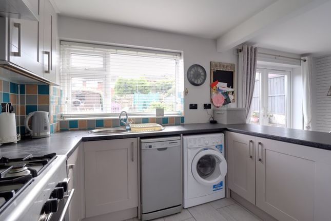 Kitchen of Ferncombe Drive, Rugeley WS15