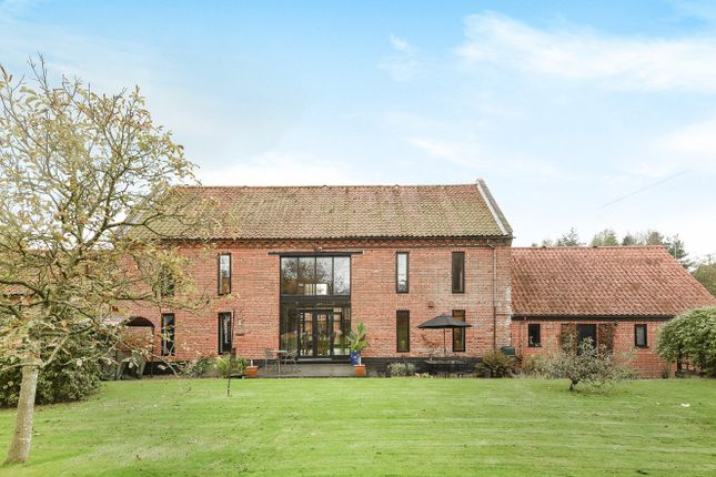 Thumbnail Barn conversion for sale in Reepham Road, Foulsham, Dereham