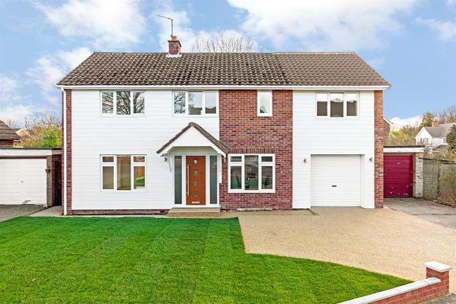 Thumbnail Detached house for sale in Chestnut Avenue, Gosfield, Halstead