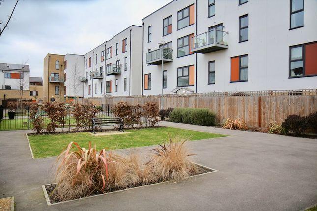 Thumbnail Maisonette to rent in Bournebrook Grove, Romford