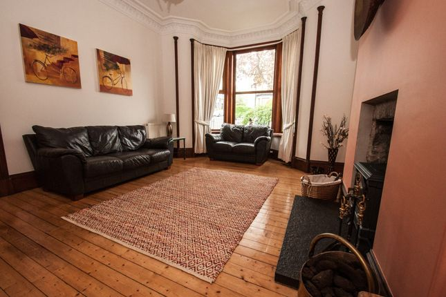 Thumbnail Flat to rent in Abergeldie Terrace, Aberdeen