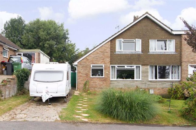 Thumbnail Property for sale in Tilnor Crescent, Norman Hill, Cam