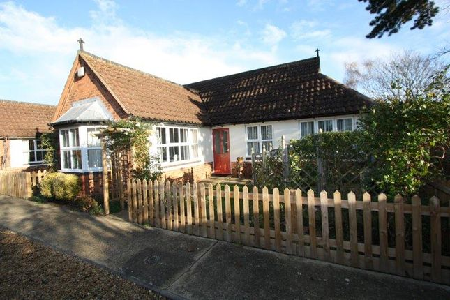 Thumbnail Terraced bungalow for sale in Barn Close, Werrington