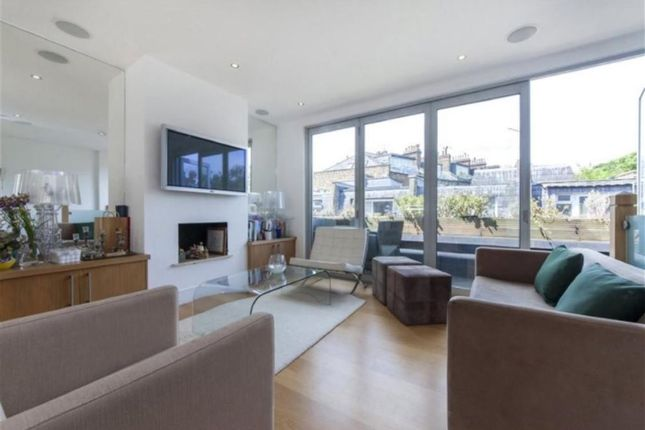 Thumbnail Property to rent in Elizabeth Mews, Belsize Park, London