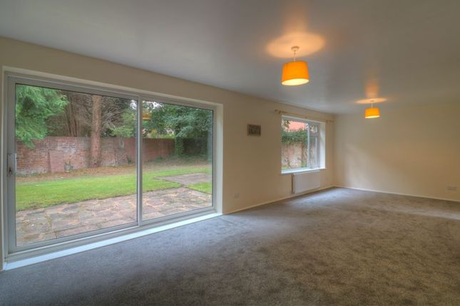 Photo 4 of Rees Drive, Wombourne, Wolverhampton WV5