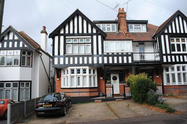 Thumbnail Flat to rent in Ailsa Road, Westcliff-On-Sea