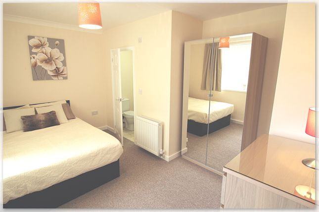 Thumbnail Room to rent in Chelmsford Drive, Wheatley, Doncaster