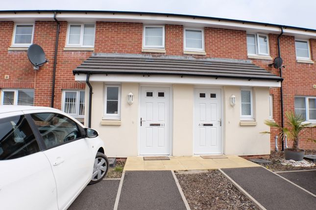 Thumbnail Flat to rent in Morris Drive, Pentrechwych, Swansea