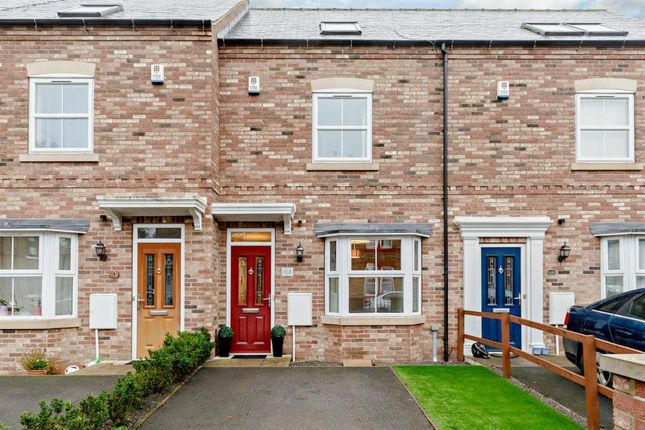 Thumbnail Terraced house for sale in Priest Lane, Ripon