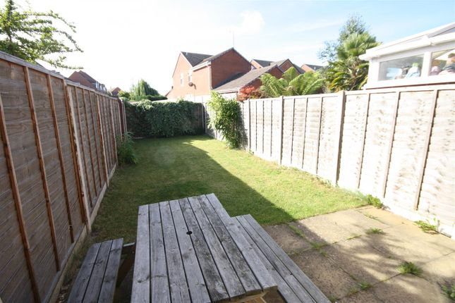 Thumbnail Terraced house for sale in Banquo Approach, Heathcote, Warwick