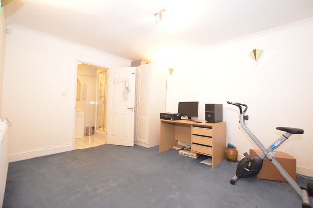 Thumbnail End terrace house to rent in Greenford, London, London