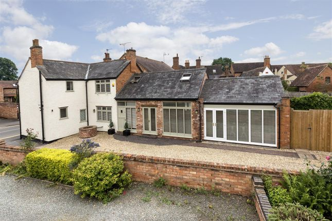 Thumbnail Detached house for sale in Church Street, Barford, Warwick