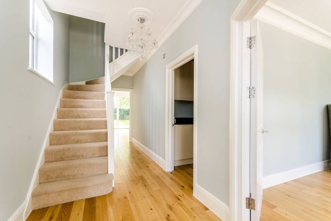 Thumbnail Property to rent in King Charles Road, Surbiton
