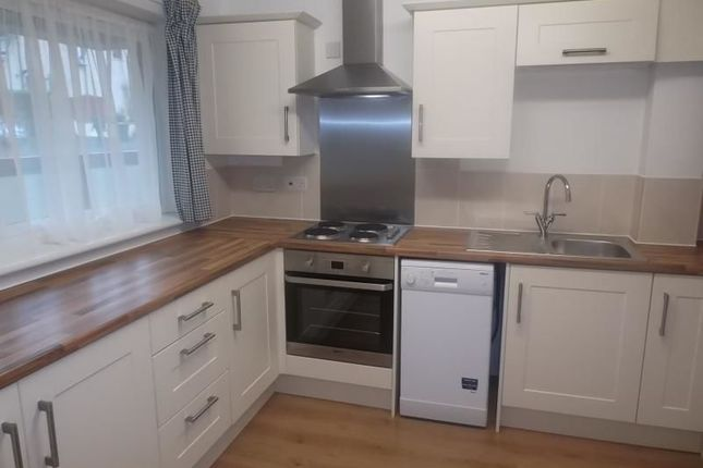 Thumbnail Flat to rent in Catmoor Court, Scone, Perth