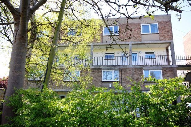 Thumbnail Maisonette to rent in Willow Walk, Bridgwater