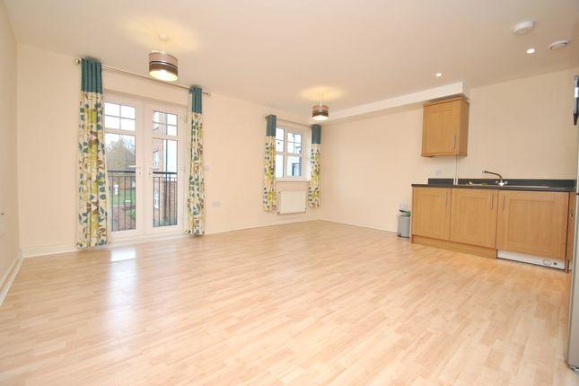 Thumbnail Flat to rent in Wissen Drive, Letchworth Garden City