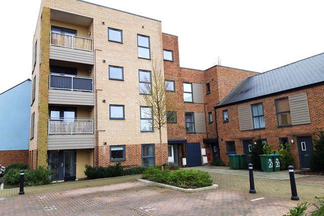 Laxton Close, Southampton SO19