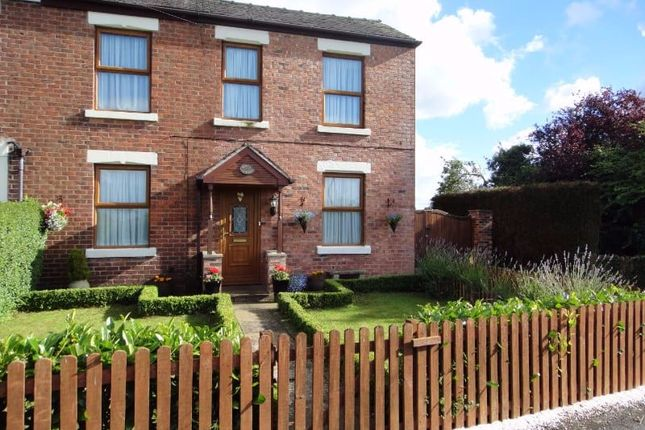 Thumbnail Cottage for sale in Bee Lane, Preston