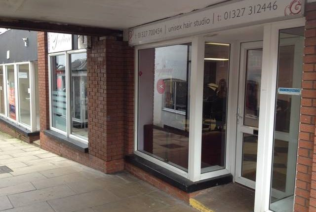 Thumbnail Commercial property to let in Sheaf Street, Daventry