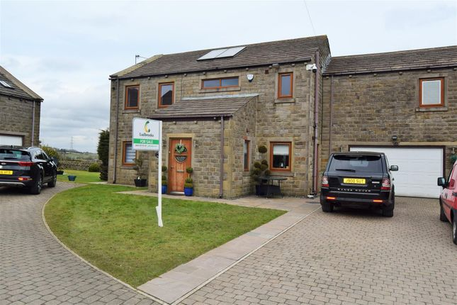 Thumbnail Detached house for sale in Calder View Court, Shelf, Halifax