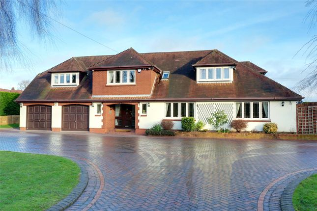 Thumbnail Detached house for sale in Dordale Road, Bournheath