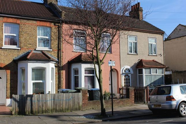Thumbnail Terraced house for sale in Felixstowe Road, London