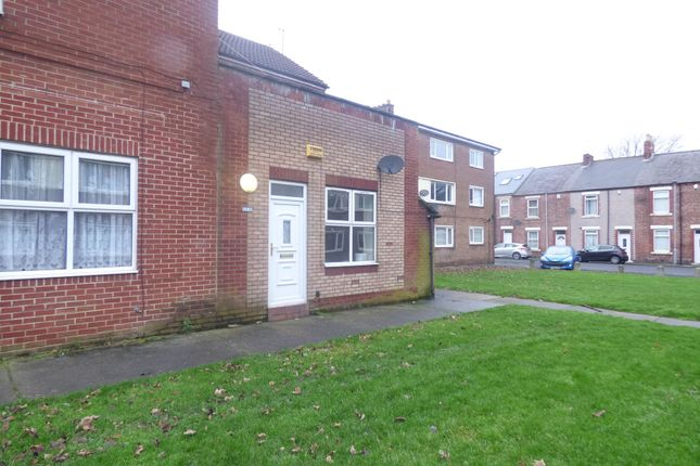 Thumbnail Flat to rent in Marlow Street, Blyth