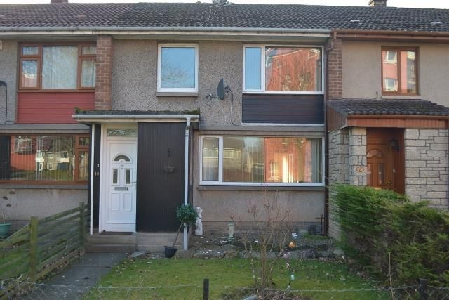 3 bedroom terraced house to rent in 10 Imrie Place, Perth