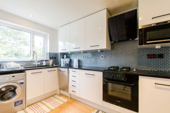 Thumbnail Property to rent in Gomm Road, Bermondsey