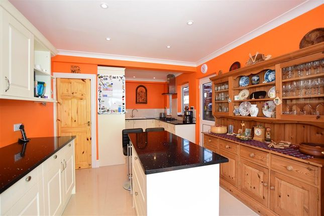 Thumbnail Detached house for sale in Pierremont Avenue, Broadstairs, Kent
