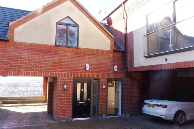Thumbnail Town house for sale in The Heights, Carline Road, Lincoln