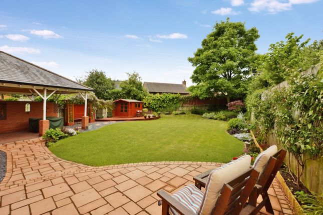 Thumbnail Mews house for sale in Gilwern Close, Chester