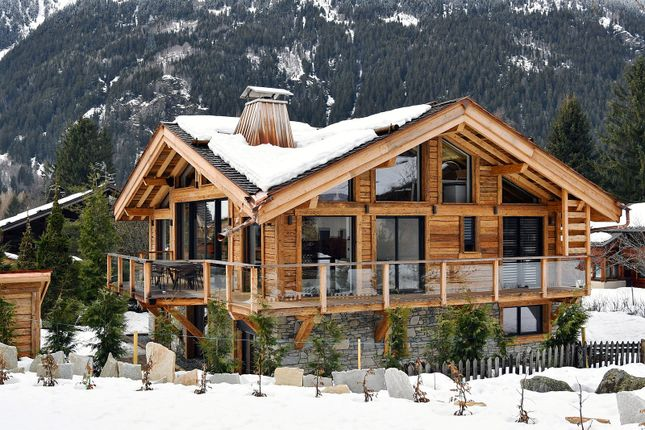 Thumbnail Chalet for sale in Chamonix, France