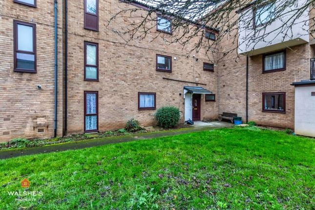 2 bed flat to rent in Argyle Court, Scunthorpe DN15