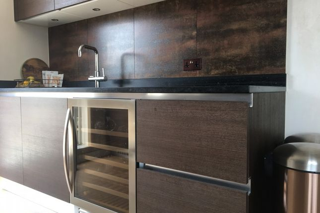 Thumbnail Flat for sale in Courtyard Apartments, London, London