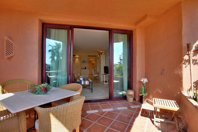 Apartment for sale in Kempinsky Hotel, Cancelada, Estepona