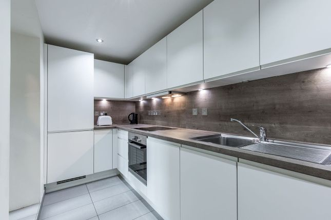 Thumbnail Flat to rent in 99, Cephas Street, London
