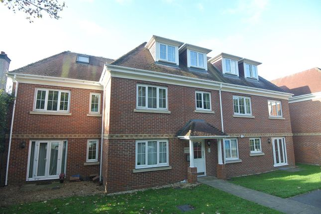 Thumbnail Flat for sale in St Georges Gate, Woburn Hill, Addlestone