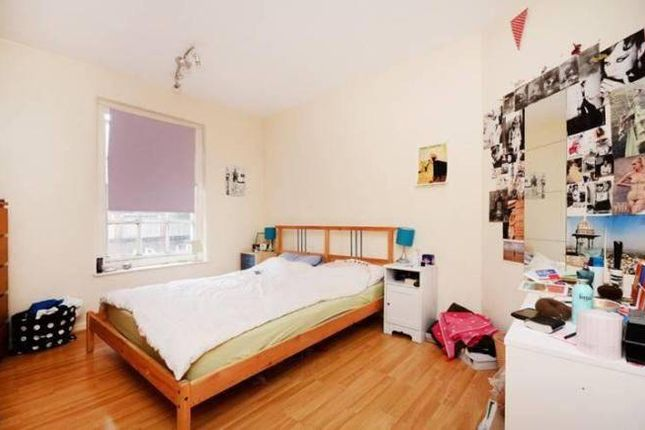 Thumbnail Flat to rent in New Goulston Street, Liverpool Street/Aldgate East