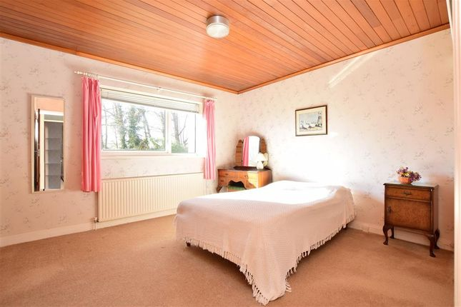 Bedroom 1 of Court Farm Close, Piddinghoe, Newhaven, East Sussex BN9