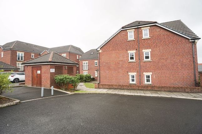 2 bed flat for sale in Abernethy Street, Horwich, Bolton BL6