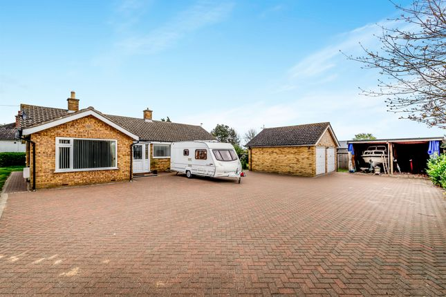 Thumbnail Detached bungalow for sale in Addingtons Road, Great Barford, Bedford