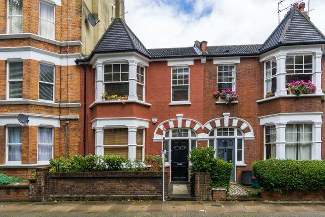 3 bed flat for sale in Widdenham Road, London