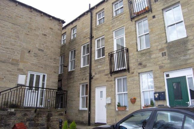 Flat to rent in Nicolsons Place, Silsden, Keighley
