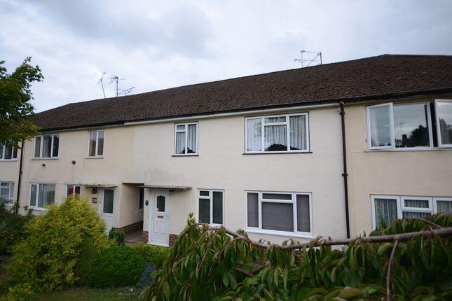 Thumbnail Maisonette to rent in Dudley Close, Tilehurst, Reading