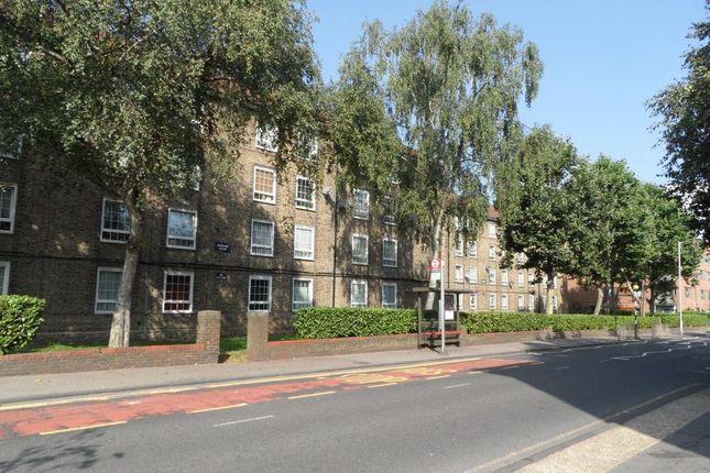 Thumbnail Flat for sale in Frendsbury Road, Brockley