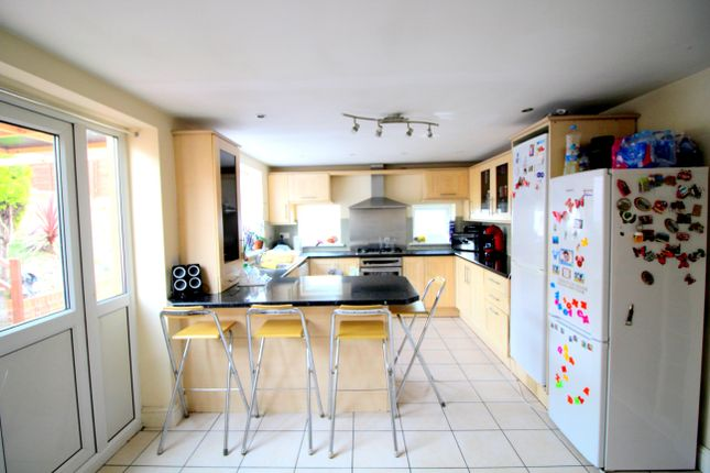 Thumbnail Terraced house to rent in Wanstead Park Road, Ilford