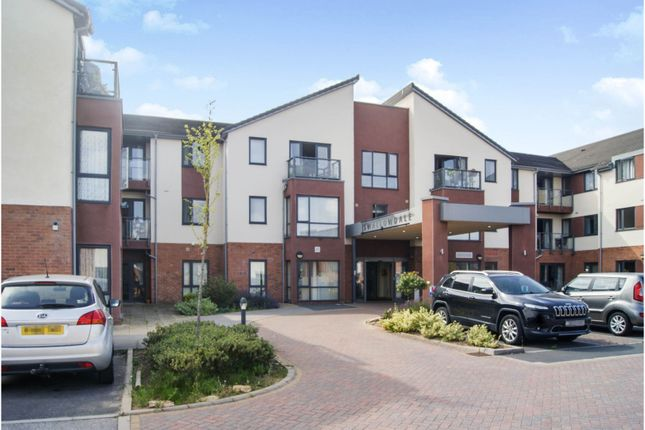 2 bed flat for sale in Jubilee Close, Doncaster DN12
