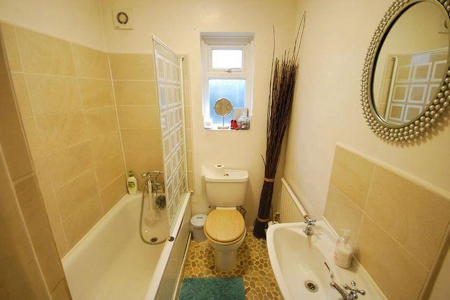 Family Bathroom of Sudbury Croft, Wembley, Middlesex HA0